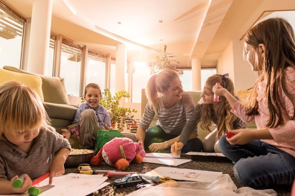 homeschooling vs unschooling
